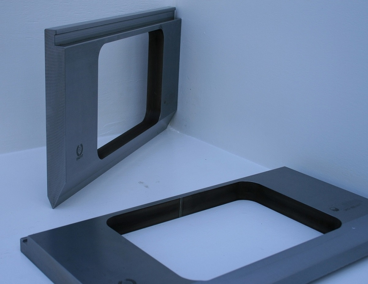 Fabrication de poin on avec fen tre central metalmaq for Fabrication fenetre