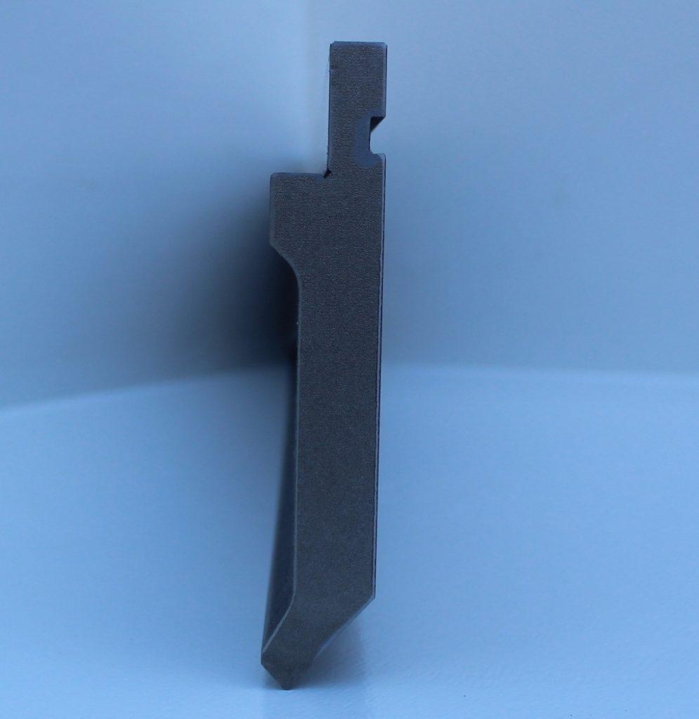 Punzón de plegadora mod. 10.05/85º, vista lateral y con amarre Promecam